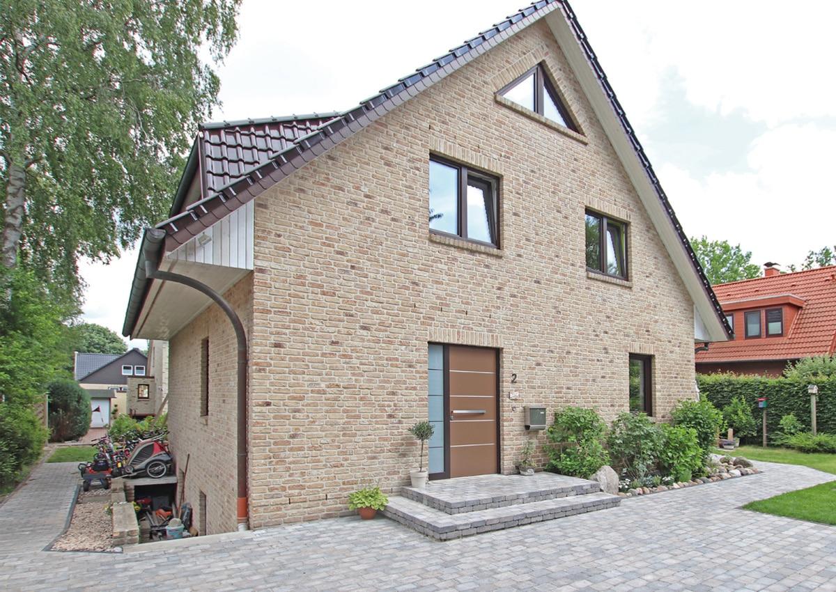 Angebotspreis: 879.000,- € • Wohnfläche ca. 139 m²