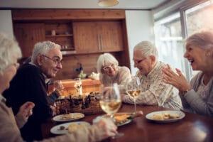 Alters-WG: Mit welchen Promis möchten deutsche Seniorinnen und Senioren zusammenwohnen?