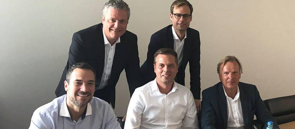 Die Geschäftsführung von Wentzel Dr. Homes mit Jovica Denadija, Philip Schulze, Ron Westphal (v.l.) sowie die geschäftsführenden Gesellschafter der Holding, Claas Kießling und Walter Kießling (CEO).