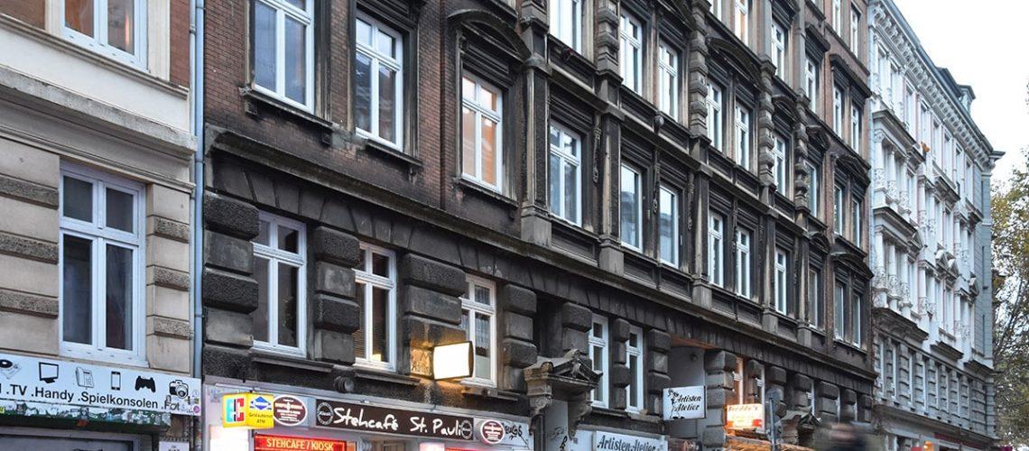 Die Hein-Hoyer-Straße 18-22 gehört bald der Stadt Hamburg.