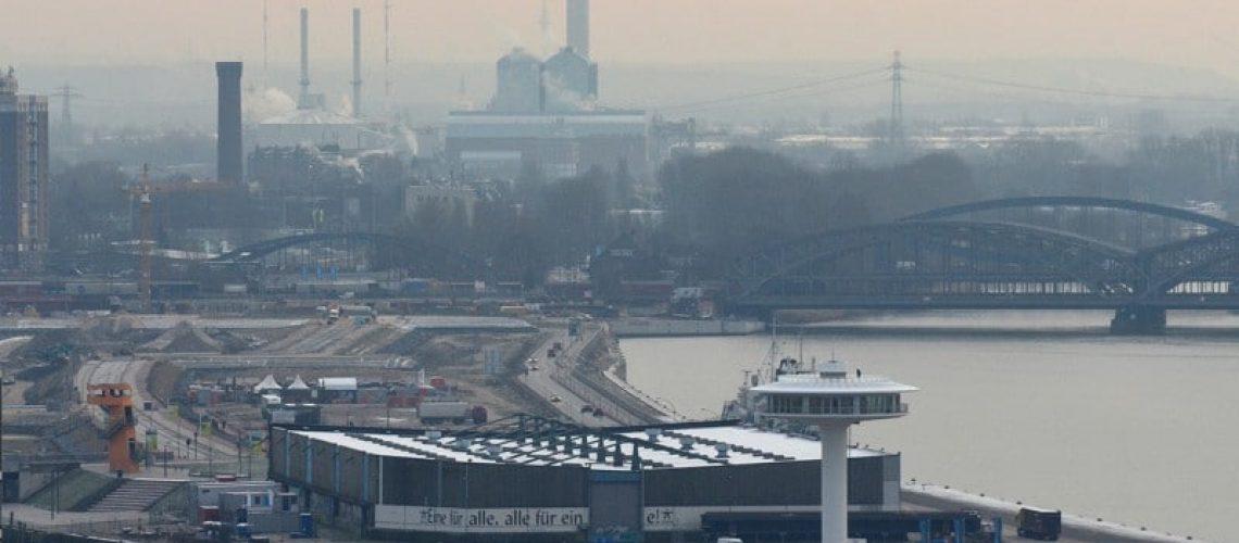 1.800 Wohnungen sollen im Quartier Baakenhafen entstehen, weitere 1.000 im westlichen Elbbrückenquartier. Blick auf den Baakenhafen im Januar 2016. Bild: Feldhaus