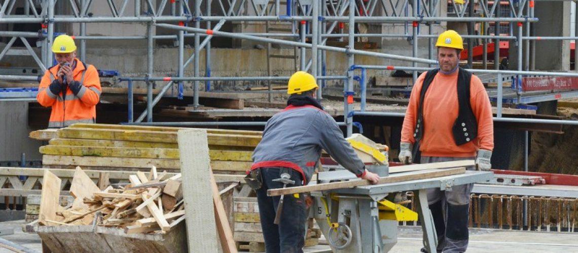 Mit dem Bau von 5.168 Wohnungen wollen die BFW-Unternehmen 2016 in Hamburg starten. Beliebig vermehrbar sind die Mitarbeiter der Bauunternehmen allerdings nicht. Bild: Feldhaus