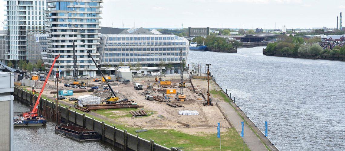 Grundstücke, wie hier der Strandkai in der Hafencity 2018, sind rar und teuer. Foto: Theda Eggers