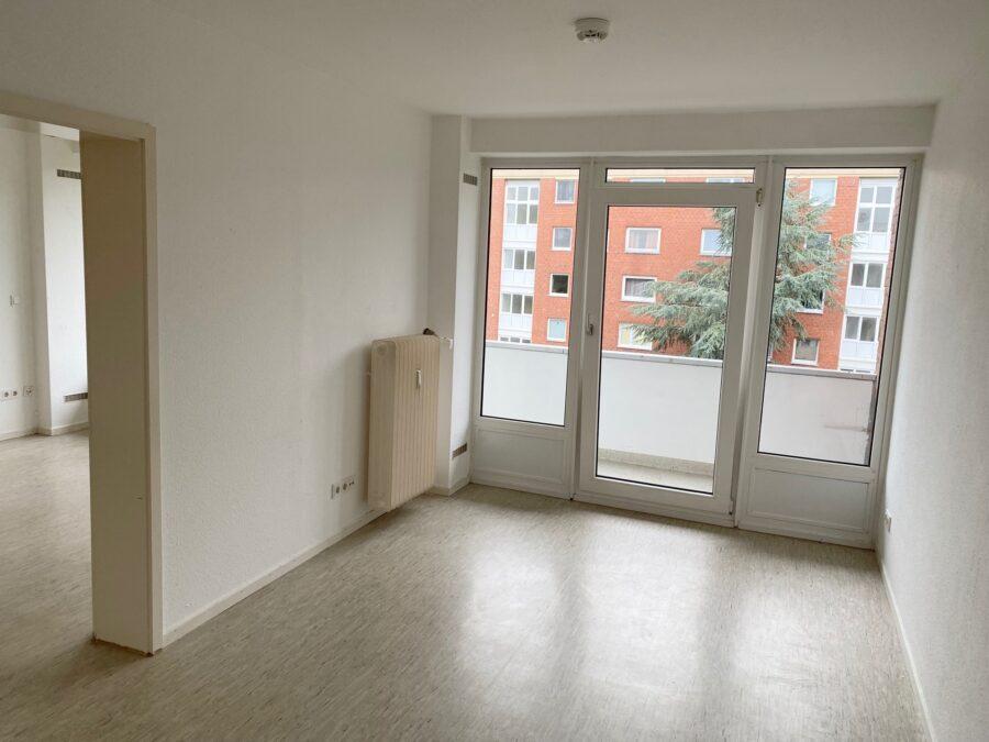 Gut geschnittene 2,5-Zimmer-Wohnung nahe dem Stadtzentrum Schenefeld - Zimmer 2