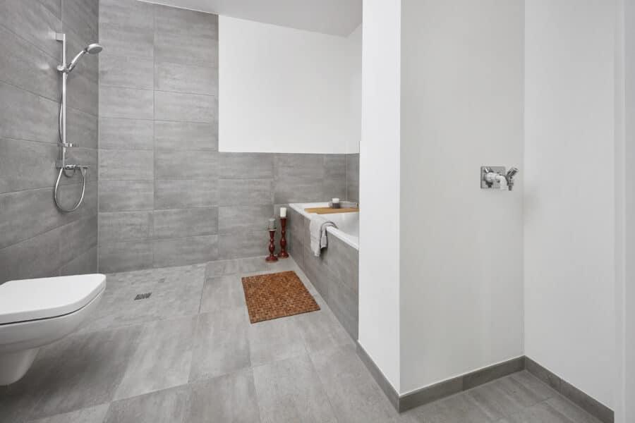 Vertriebsstart STRIETZ - Moderne 3-Zimmer-Wohnung in Stötteritz! - Bad