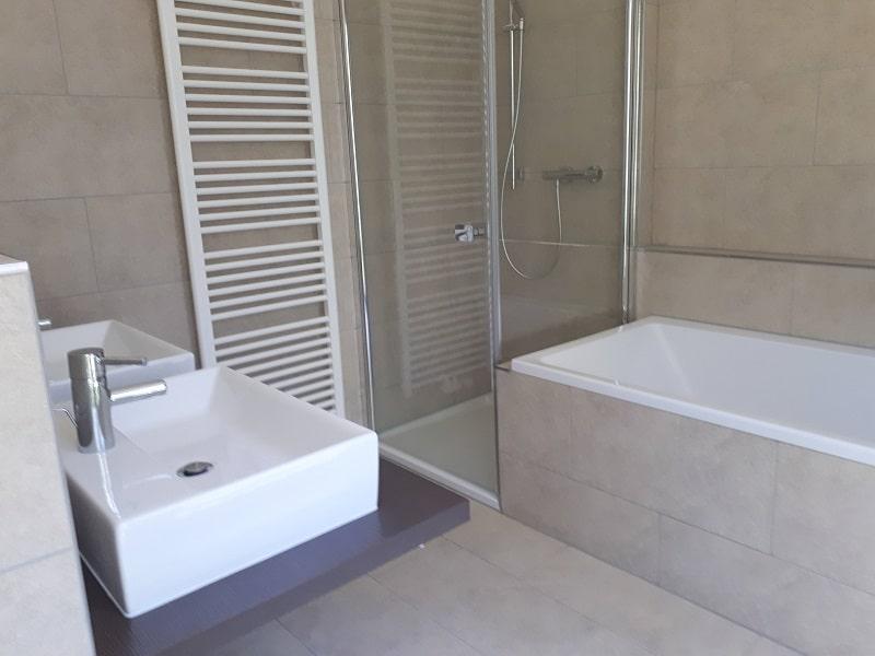 4 Zimmerwohnung mit Dachterrasse - Bsp. Badezimmer