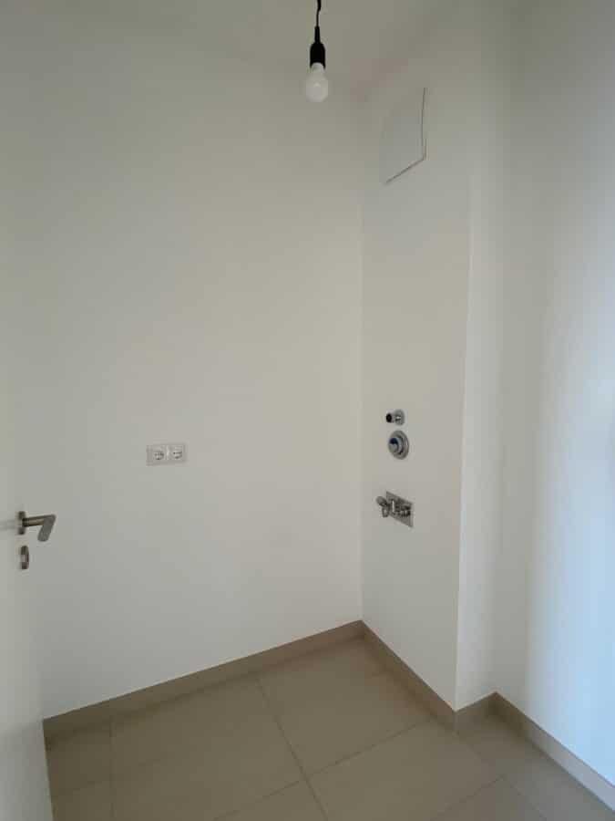 Moderne Wohnung mit offener Wohnküche und idealem Schnitt - Abstellraum