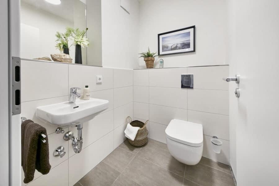 Neubau-Erstbezug! Modern, hochwertig, individuell www.lido-leipzig.de - Musterbild Badezimmer