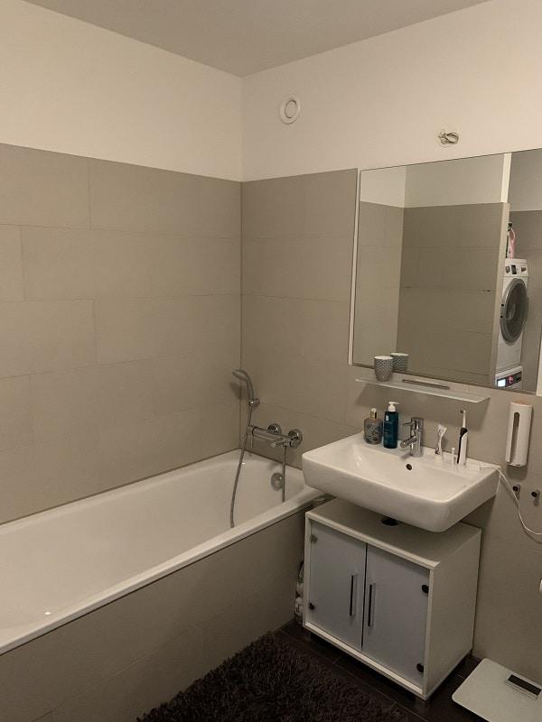 3 Zimmer Wohnung in Pempelfort - Wannenbad