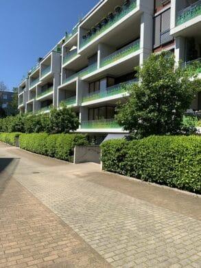 Geräumige 3 Zimmer Wohnung mit Sonnenloggia, 40239 Düsseldorf, Etagenwohnung