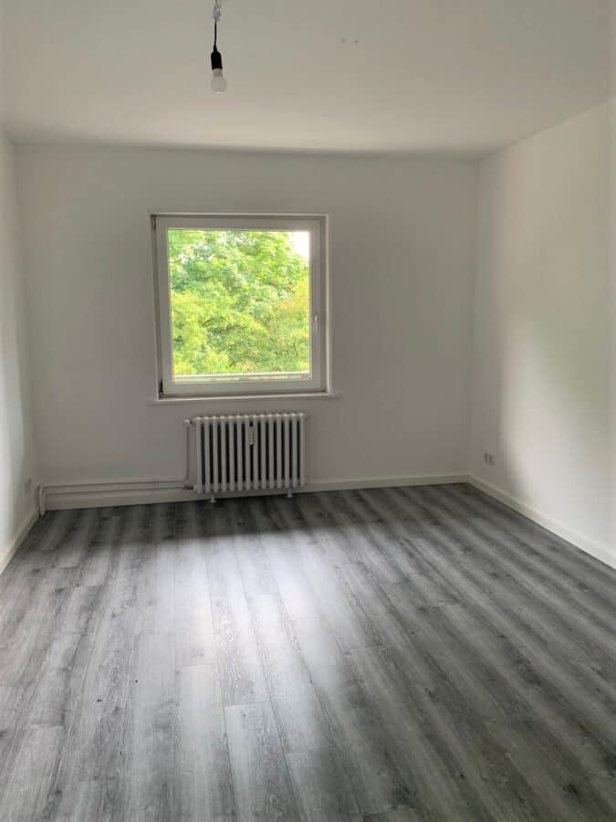 Erstbezug nach Sanierung - Einziehen fertig los - Tolle Familienwohnung - drittes Zimmer