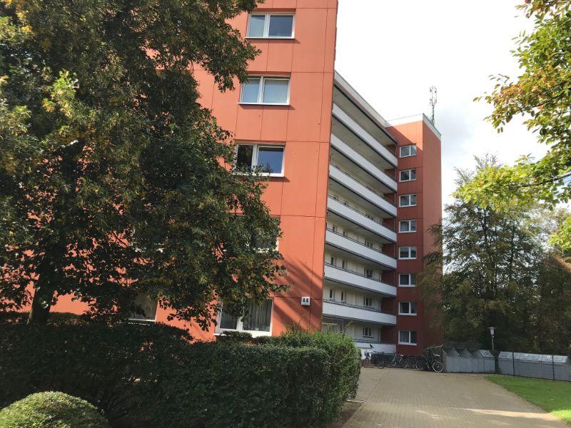 Willkommen Zuhause - 3 Zimmer Wohnung mitten in Ahrensburg - Außenansicht