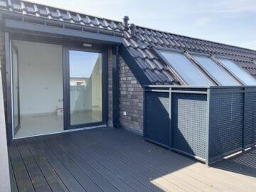 Helle 2 Zimmer Wohnung mit Dachterrasse, Witzelstraße 72<br>40225 Düsseldorf<br>Etagenwohnung
