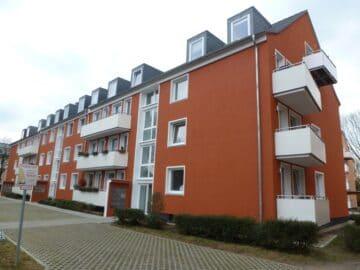 Schöne 2 Zimmer Wohnung mit Balkon!, Plankstraße 25<br>41462 Neuss<br>Etagenwohnung