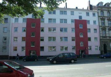 Großzügig geschnittene, helle 2 Zimmer Wohnung, Fr.-Engels-Allee 278<br>42285 Wuppertal<br>Etagenwohnung