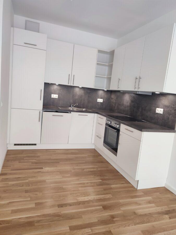 Aufgepasst: Neubauwohnung mit 2 Balkone - Beispiel Küche