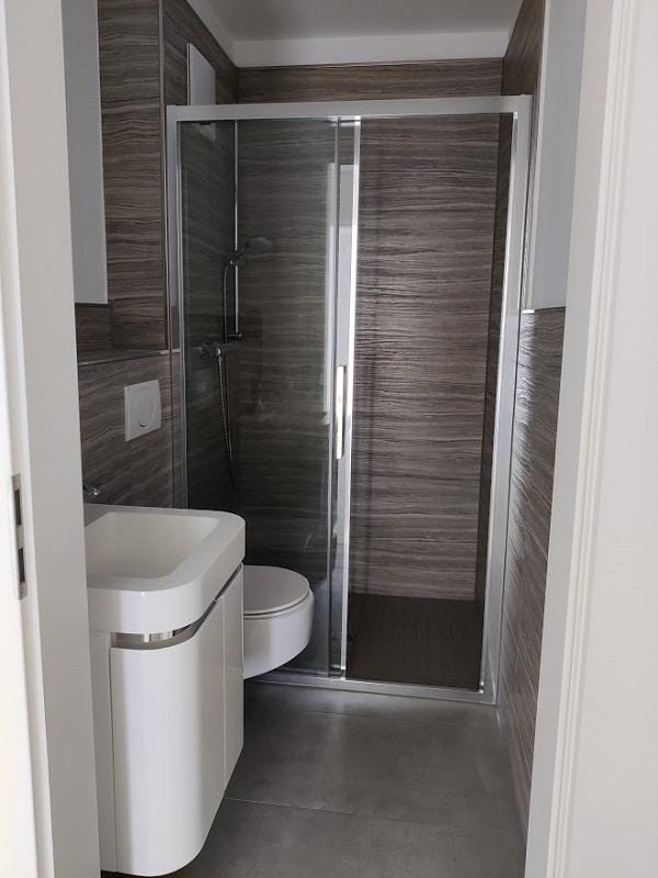 Moderne 3 Zimmer Wohnung mit Balkon - Gäste-WC