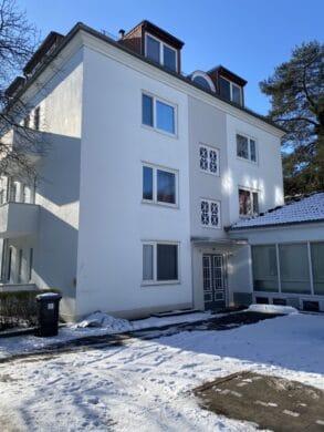 Ideale Singlewohnung!, 22337 Hamburg, Dachgeschosswohnung