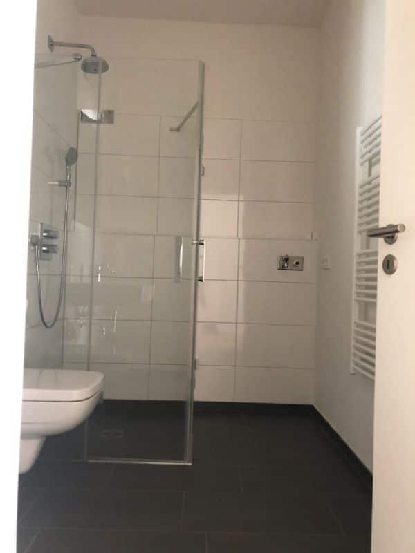 Schöne Neubauwohnung mit allem Komfort - Badezimmer