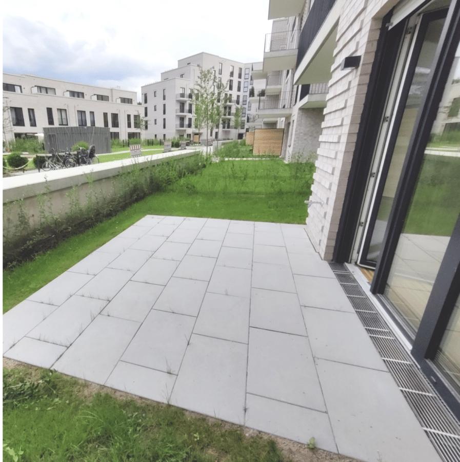 Kompakte 2 Zimmer Wohnung mit Garten! - Terrasse