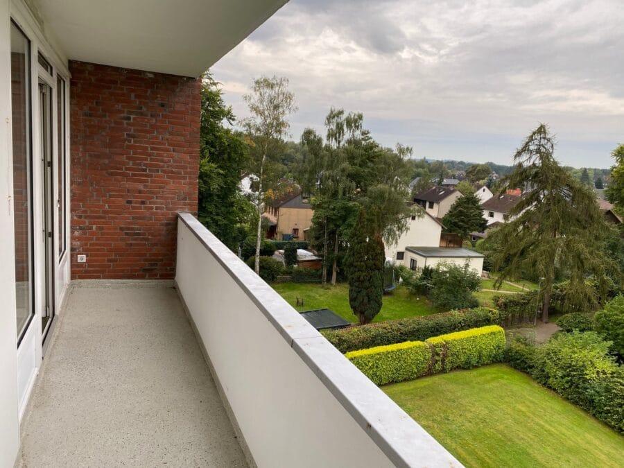 Gut geschnittene 2,5-Zimmer-Wohnung nahe dem Stadtzentrum Schenefeld - Balkon