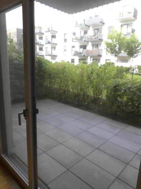 Geräumige Neubauwohnung mit Terrasse - Terrasse