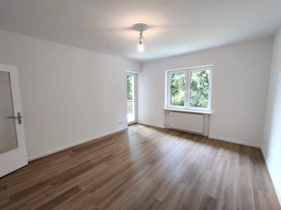Moderne 3 Zimmer Wohnung in ruhiger Lage! - Wohnzimmer