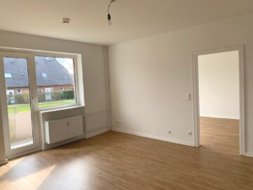 Erstbezug nach Modernisierung: 2-Zimmer EG-Wohnung mit Balkon in Rahlstedt, 22143 Hamburg, Erdgeschosswohnung