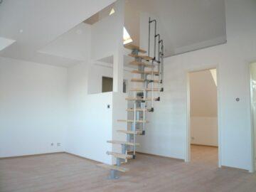Kl. Reich mit Galerie!, 22083 Hamburg, Etagenwohnung