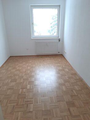 Ideale Familienwohnung, 30655 Hannover, Etagenwohnung