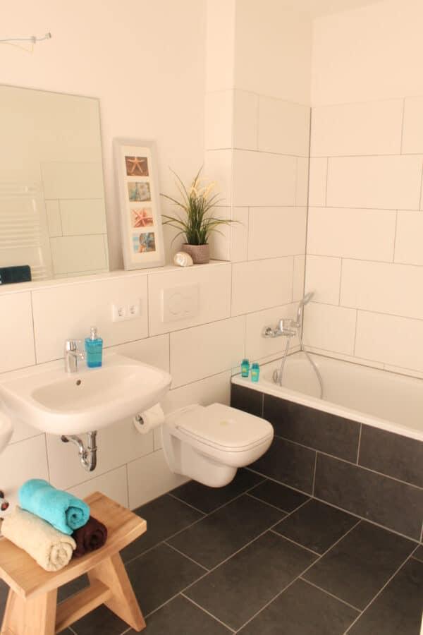 Wohnung mit Süd Terrasse und offener Wohnküche! - Beispiel Badezimmer