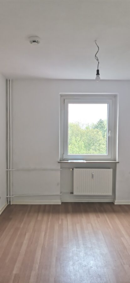 3-Zimmerwohnung mit Balkon und tollem Ausblick über Wedel - Zimmer 3