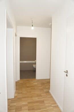 Großzügige 4 Zimmer Wohnung mit 2 Balkonen!, Friedrich-Ebert-Damm 241a<br>22159 Hamburg (Wandsbek)<br>Etagenwohnung