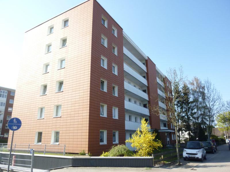 Gut geschnittene 2,5-Zimmer-Wohnung nahe dem Stadtzentrum Schenefeld - Außenansicht