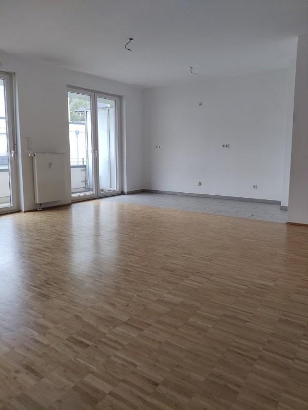 Helle 2 Zimmer Wohnung mit Dachterrasse - Bsp. offene Küche