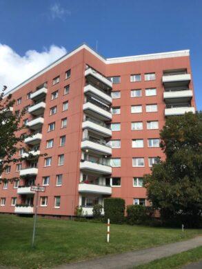 Ruhig gelegen 1-Zimmer-Wohnung mit Balkon in Ahrensburg, 22926 Ahrensburg, Etagenwohnung
